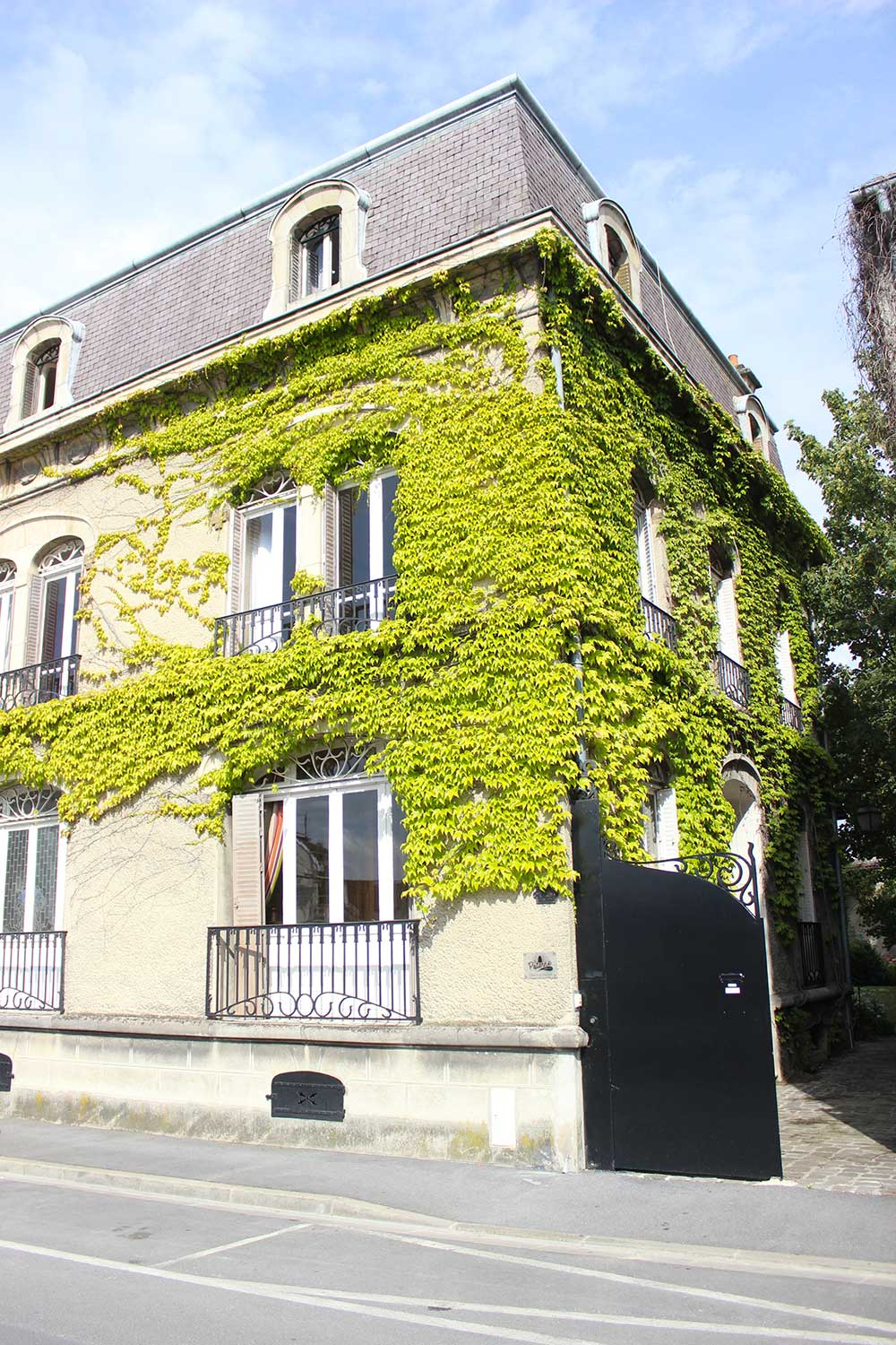 La poterne epernay office du tourisme epernay pays de for Chambre d hote epernay