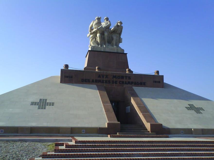 Monument de Navarin - Souain Perthes les Hurlus