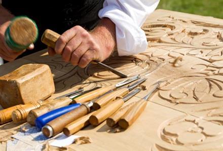 sculpteur-sur-bois-savoir-faire-chalons
