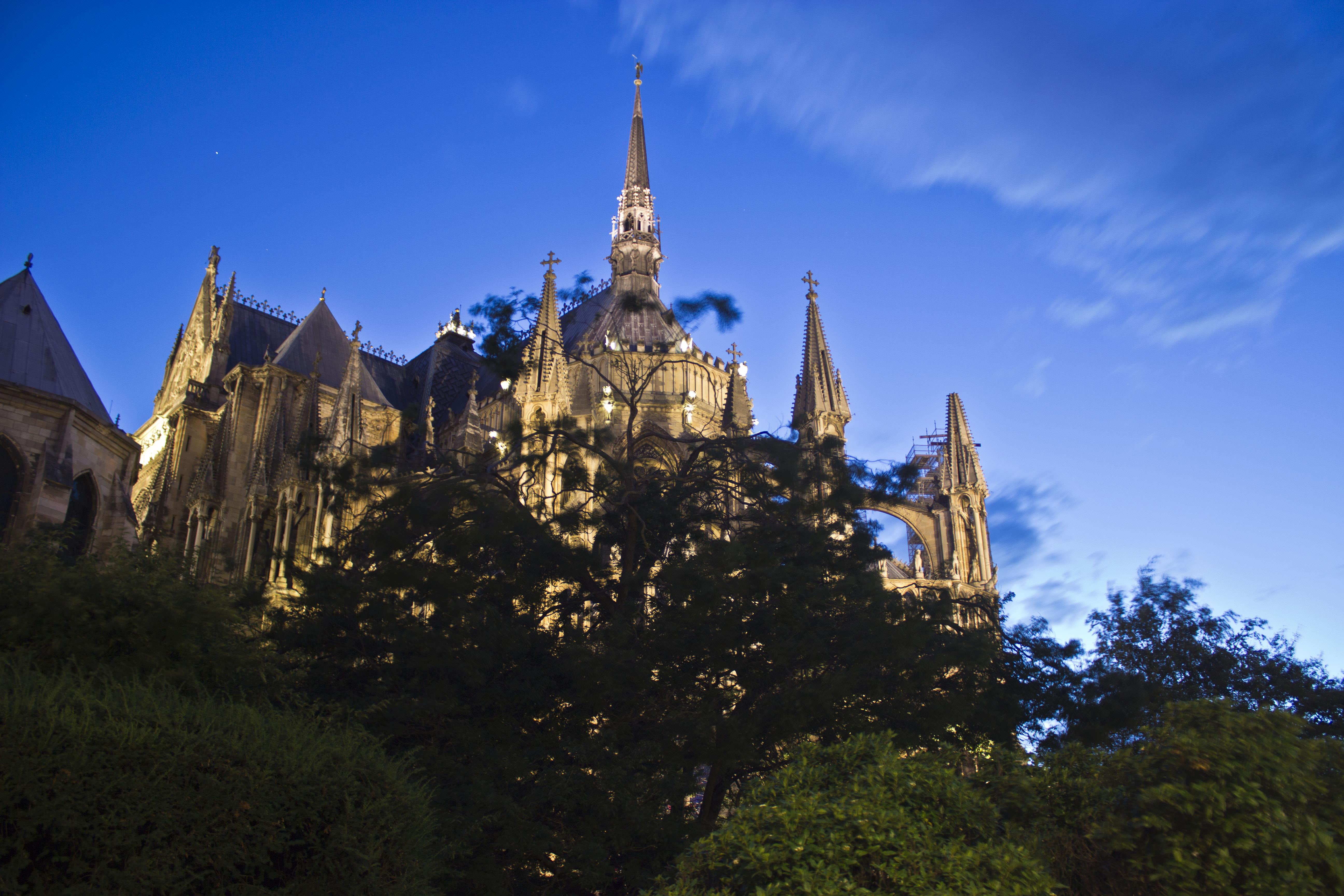 https://cdt51.media.tourinsoft.eu/upload/Cathedrale-Notre-Dame-de-Reims---Carmen-Moya--4-.JPG