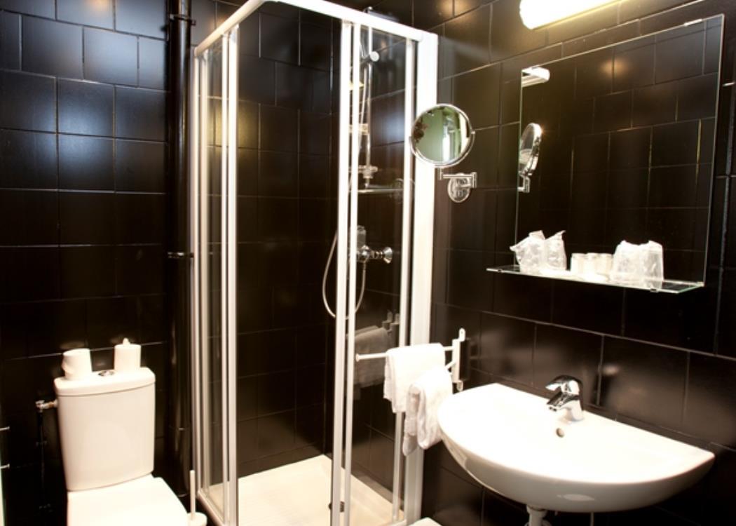 Hotel Cecyl - Reims (16)