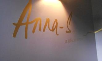 Anna S, La Table Amoureuse